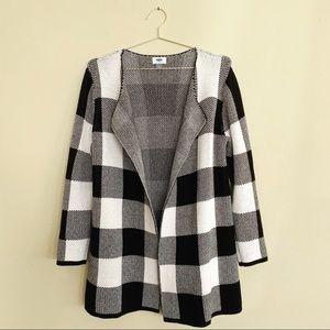 Old Navy Sweater Cardigan Black & White Size M